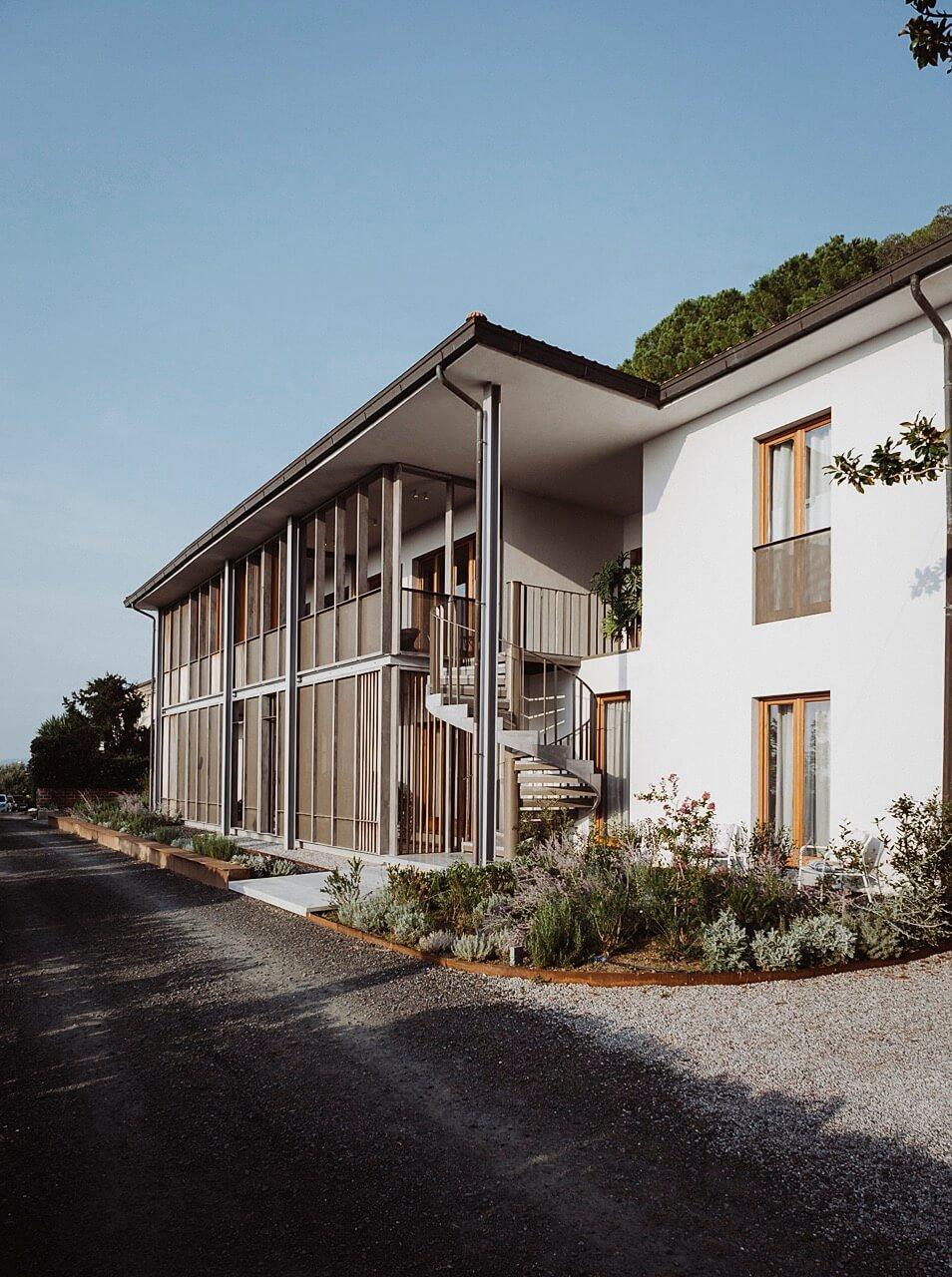 Villa Curiel Exteriors